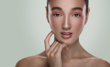 Retouching Lips in Photoshop